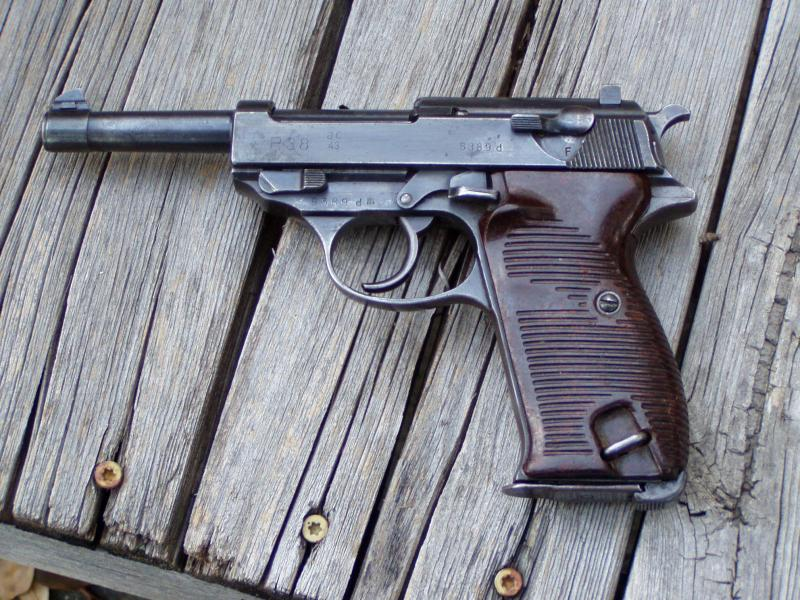 FS: WW2 Walther P-38 9x19mm-008.jpg