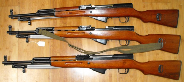 Russian vs Chinese SKS.-2009_05060001.jpg