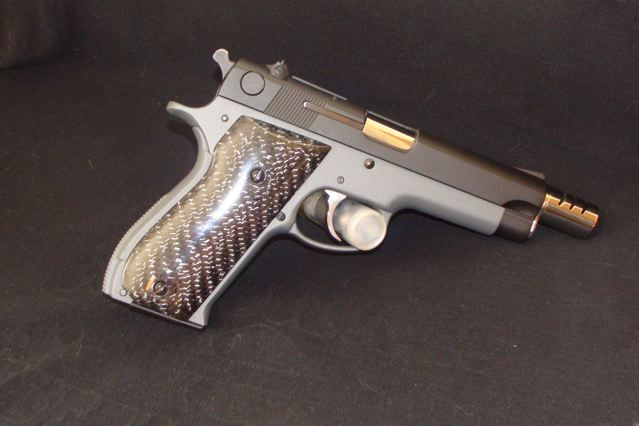 Smith & Wesson model 39-2 Duracoat job-born-again-39-pic.jpg